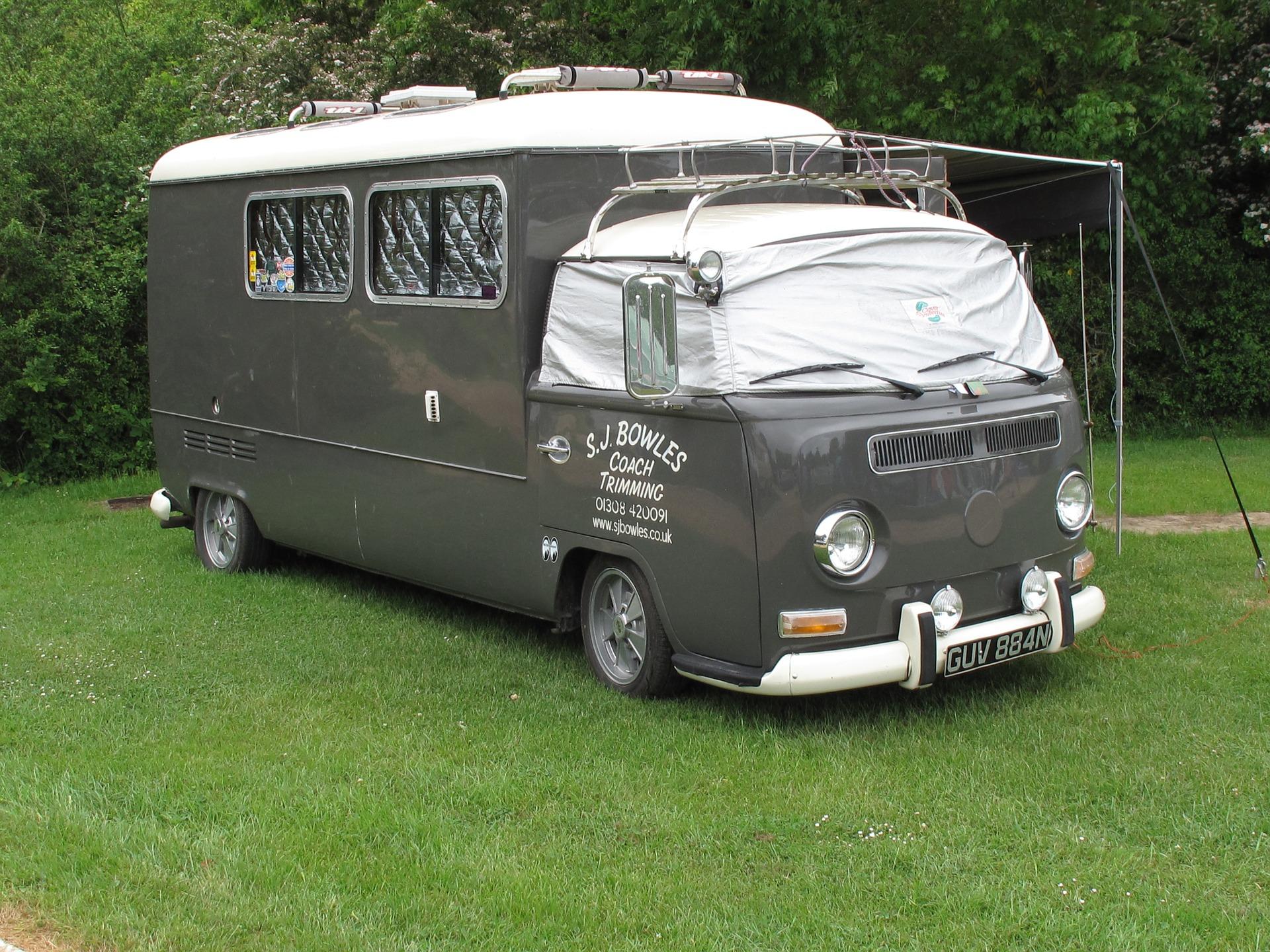 camper-494969_1920