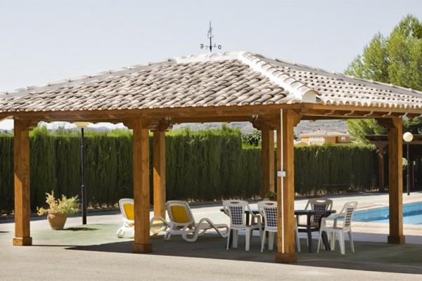 P rgolas porches y cenadores en bioconstrucciones ripoll - Pergolas y porches ...