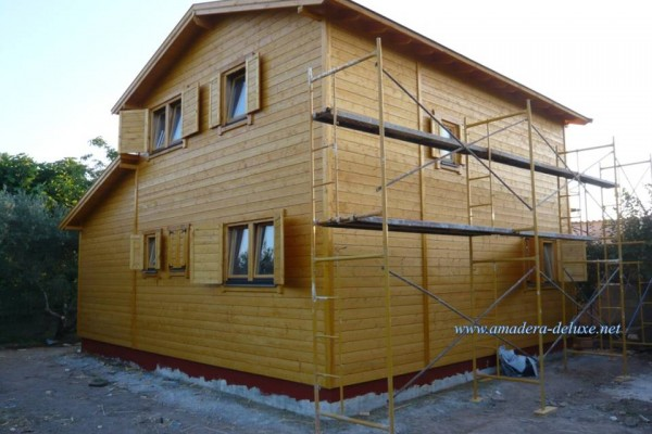 Cabañas de madera en Amadera Deluxe 138