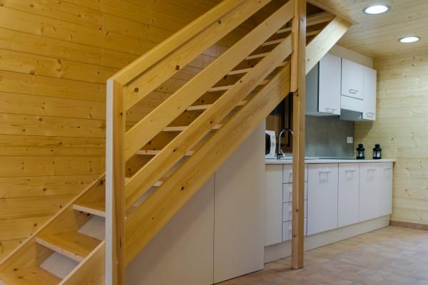 Cabañas de madera en Antoni Camarasa 299