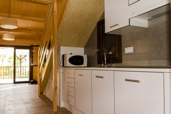 Cabañas de madera en Antoni Camarasa 302