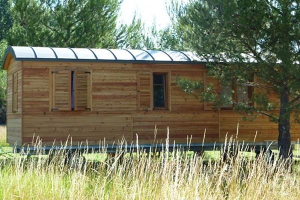 Cabañas de madera en Casa Alternativa 6185