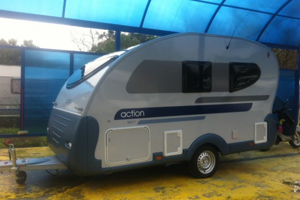 Caravanas en Caracol Park 3200