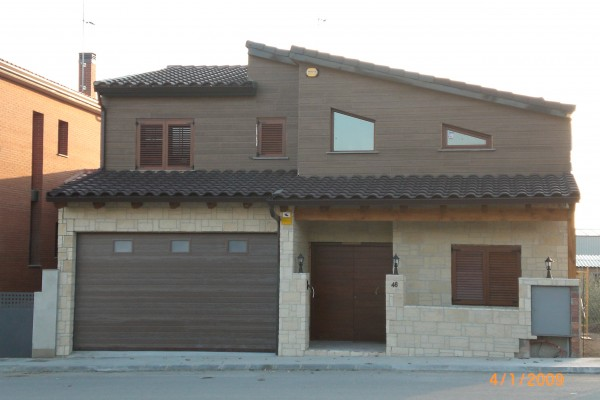 Casas de madera en Antoni Camarasa 279