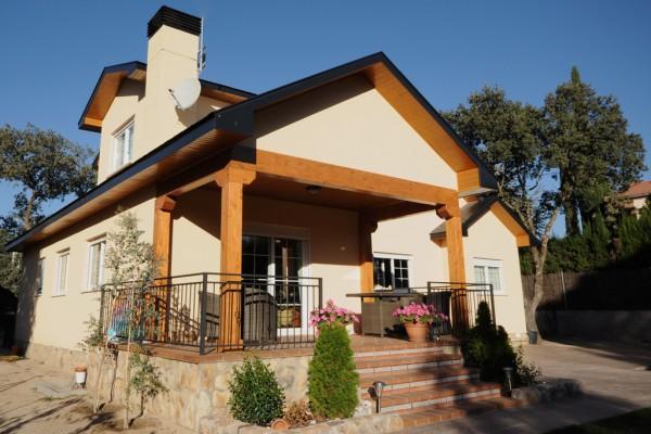 Casas de madera en canexel viviendu - Casas de madera de lujo en espana ...