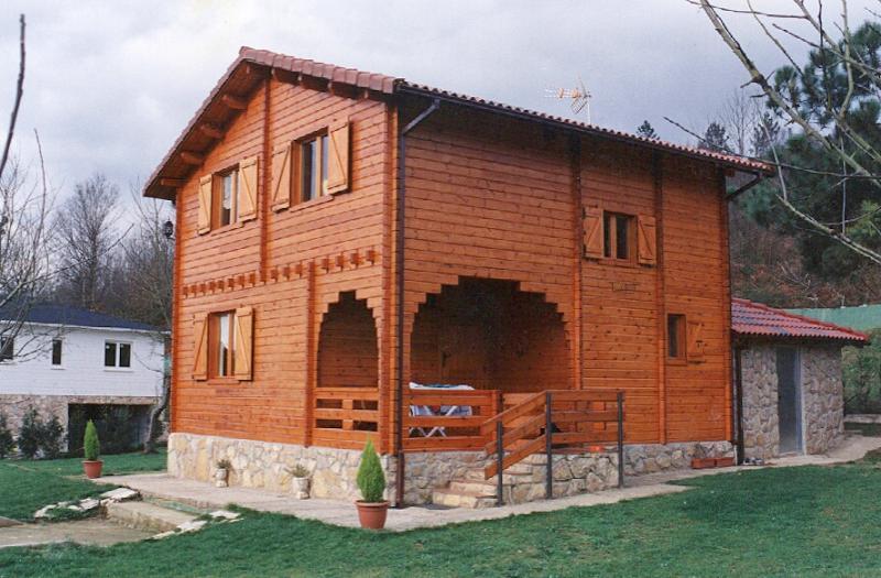 casa madera 2 plantas