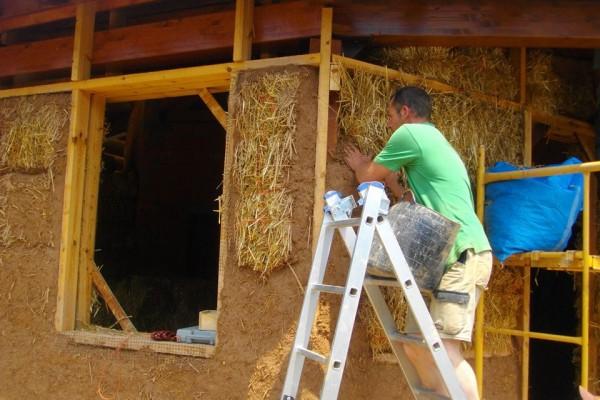 Casas ecológicas en Bioedif 2471