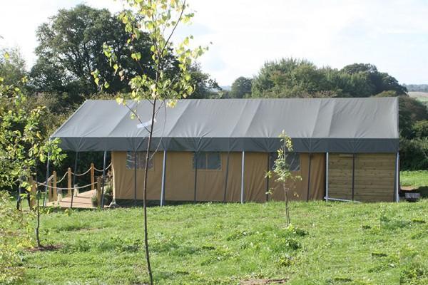 Jaimas, Tipis y Yurtas en Safari Tents 5101