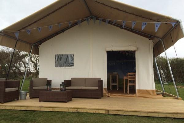 Jaimas, Tipis y Yurtas en Safari Tents 5104