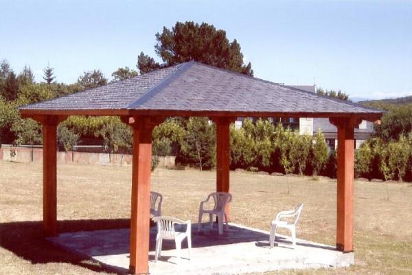 Pérgolas y Porches en Las Cabañas 588
