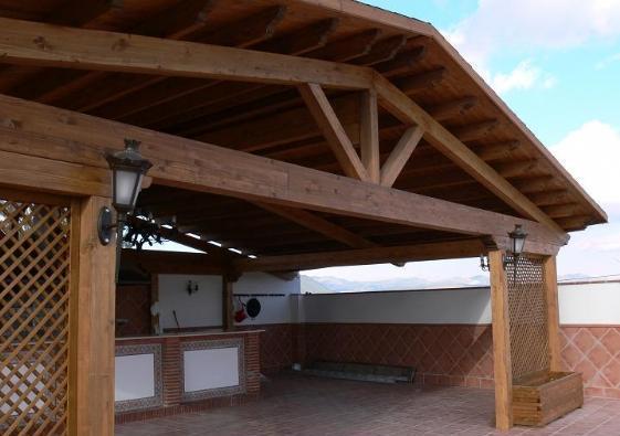 Madera siglo xxi casas naturales en castell n p rgolas - Pergolas y porches ...