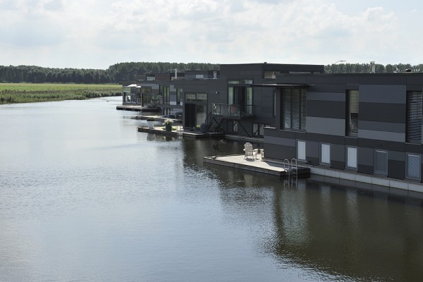 ABC Waterwoningen 8329