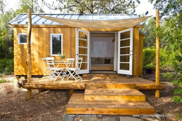 cabaas de madera en canadian nordic house