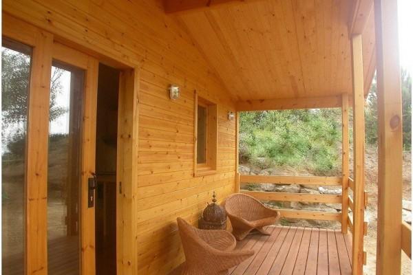 Cabañas de madera en Canadian Nordic House 9085