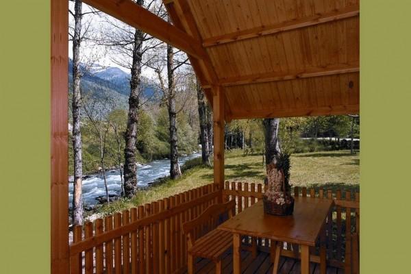 Cabañas de madera en Canadian Nordic House 9106