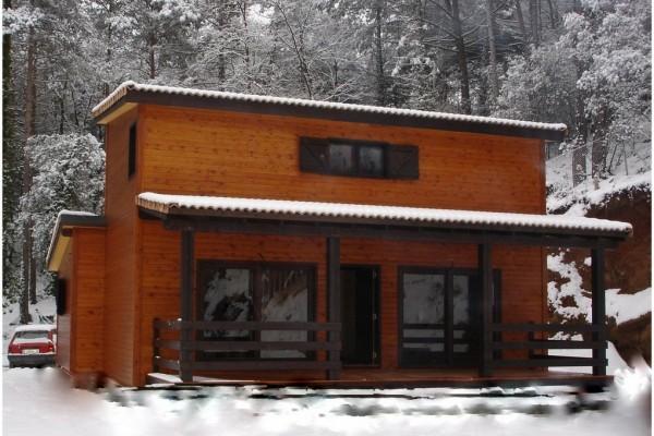 Casas de madera en Canadian Nordic House 8949