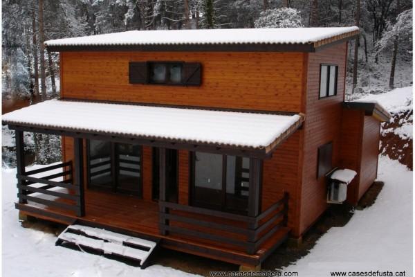 Casas de madera en Canadian Nordic House 8948