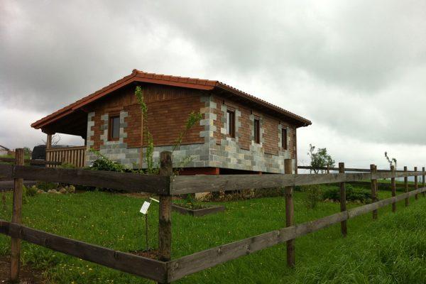 Casas de madera en arabakasa viviendu for Casas prefabricadas hormigon