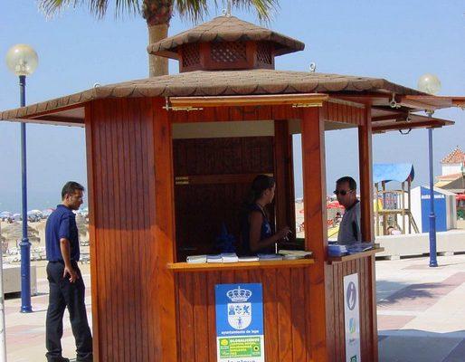 Casetas de madera en Beach Trotters 13462