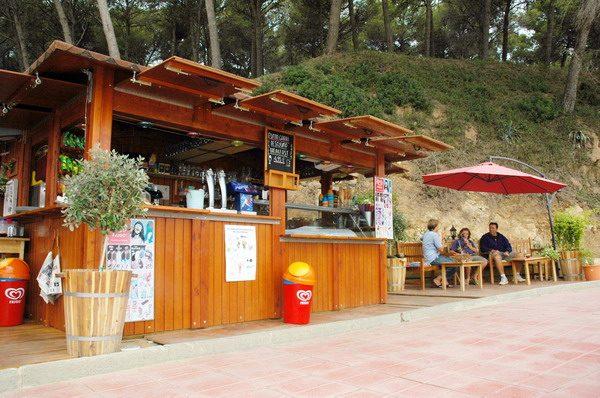 Casetas de madera en Beach Trotters 13461