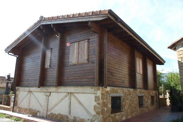 Cabañas de madera en Eguretxe & Sanz 13895